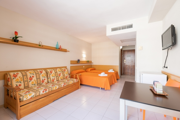 Apartments Salou Pacific - Studio 4 people
